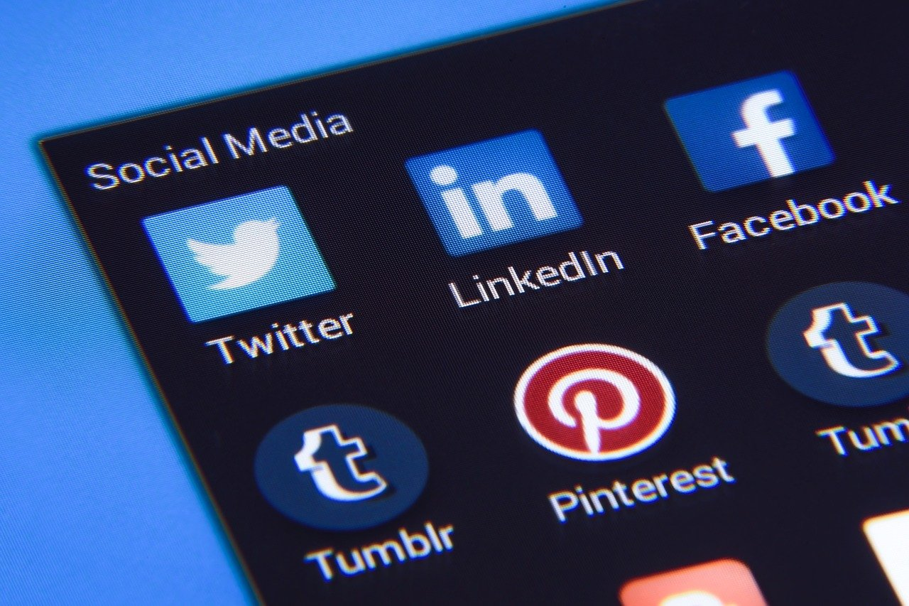 How B2B Professionals Can Use LinkedIn for Social Selling